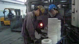 Stu Swift in China. Bainite c series production in China