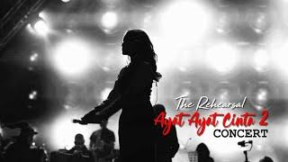 Video Raisa, Krisdayanti, Rossa & Isyana - Ayat Ayat Cinta [Rehearsal] download MP3, 3GP, MP4, WEBM, AVI, FLV April 2018