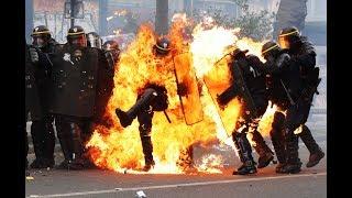 Voiture de police incendiée à Paris : jusqu'à sept ans de prison prononcés