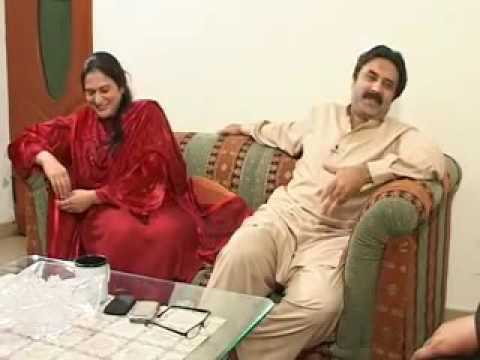 Aftab Iqbal with his mrs excellent Interview