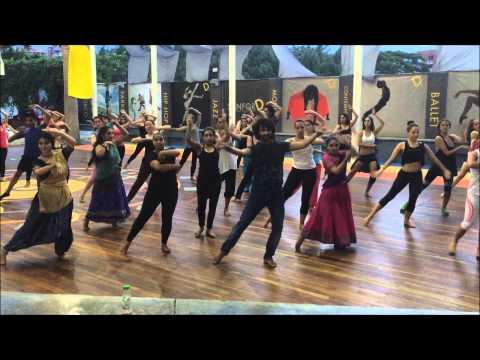 Devesh Mirchandani Bollywood choreographer in Cali, Columbia (Show and workshop)