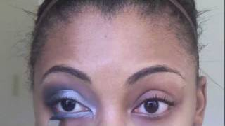 Sparkling New Year's Eve Makeup Look Thumbnail