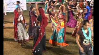 Gujarati Garba Song Navratri Live 2011 - Lions Club Kalol - Jignesh Kaviraj - Day -3 Part - 13