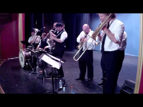 hotel cali, Farmland Jazz Band , Blueberry Sound