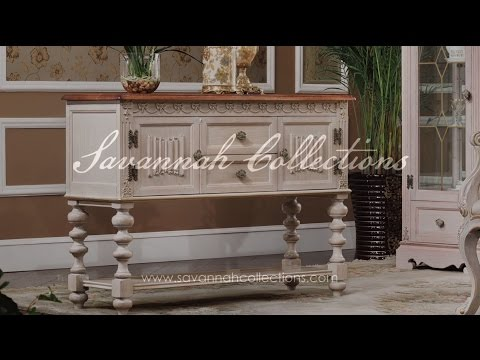 Italian Furniture Console Table in Antique Almond by Savannah Collections - Hickory White