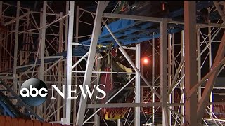 2 people fall 34 feet from derailed roller coaster