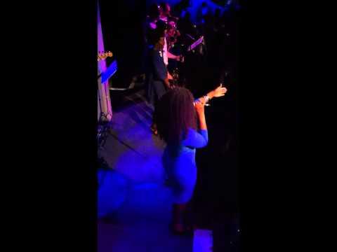 Adrianna Evans - 'Love is all around' 1- Jazz Cafe LIVE.MOV mp3