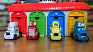 Thomas and Friends Trains, Disney Cars Lightning McQueen  Toys at Toyo the Little Bus Garage
