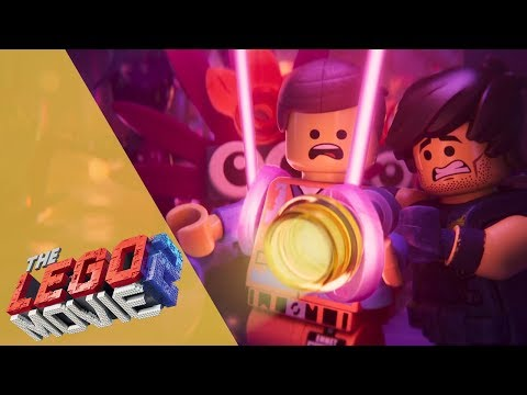 The LEGO Movie 2 | EXCLUSIVE CLIP! Emmet & Rex Dangervest make an epic escape | Ad Feature