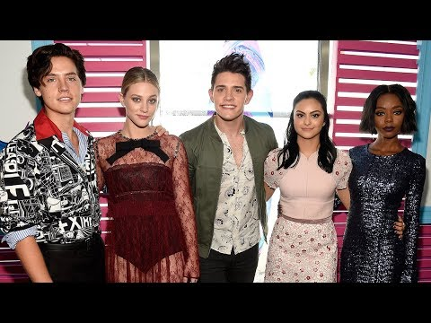 Riverdale Cast Wins BIG At 2017 Teen Choice Awards
