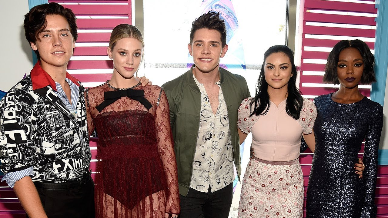 Riverdale cast wins big at 2017 teen choice awards youtube riverdale cast wins big at 2017 teen choice awards m4hsunfo