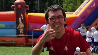 La Escuela de Fútbol de la Fundación Osasuna celebra su fiesta final