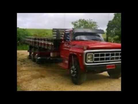 Caminhão Ford F-14000 Vermelho