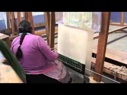 Cooperativa de tapetes anudados a mano temoaya youtube for Tapetes anudados a mano