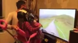 Clip ông bố của năm chơi cùng con gái