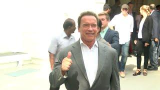 I  Movie Audio Launch - Arnold Schwarzenegger Meets  Jayalalithaa in Chennai