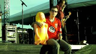 """Surf Wax America"" in HD - Weezer 5/21/11 Washington DC"