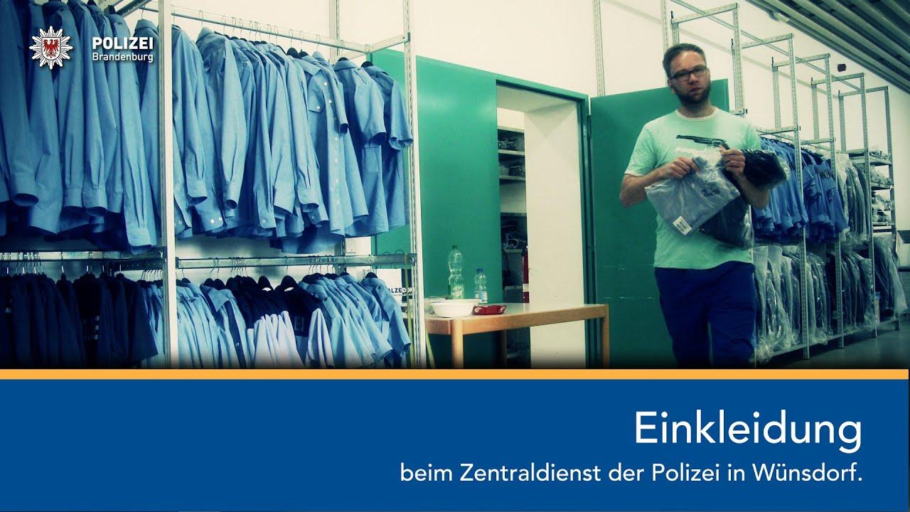 Einkleidung Beim Zentraldienst Der Polizei In Wünsdorf Youtube