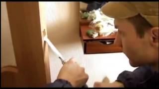 Как установить дверь и ручку защелку!(Как установить дверь и ручку защелку! Монтаж своими руками! Ничего сложного!, 2014-03-15T02:48:37.000Z)