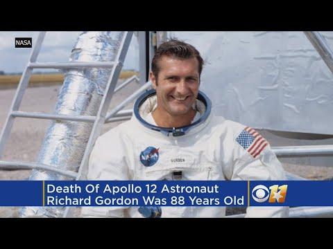 Apollo 12 Astronaut Richard Gordon, Who Circled Moon, Dies