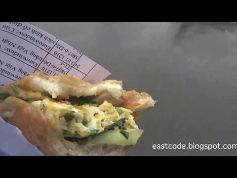 bánh mì trứng ốp la Vietnamese Fried Egg Bread  North of Hanoi