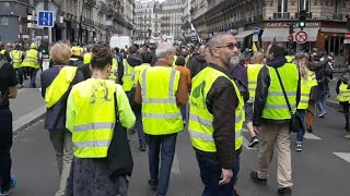 Paris acte 27 Gilets Jaunes - żółte kamizelki w Paryżu