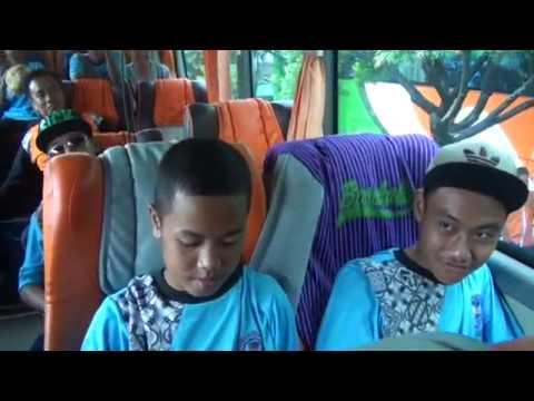 Part 1 Goes To Jakarta-Bandung  SMPN 1 ALIAN KAB.KEBUMEN Bersama MUSTIKA JAYA TOUR