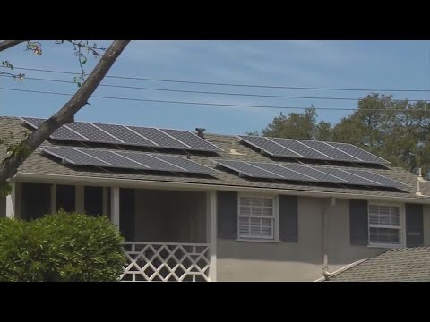 Solar panel requirement for new California homes