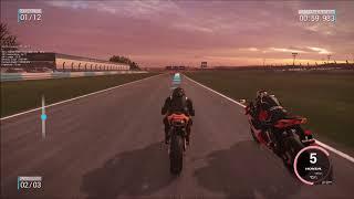 Epic Race GSX R600 vs CBR600RR