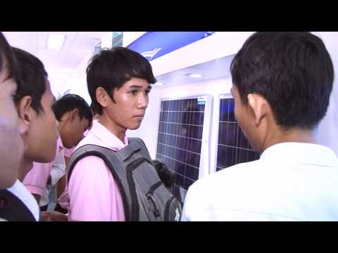 Cambodia Engineering Students visit Star 8 Solar Facility