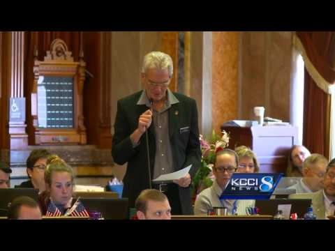 House, Senate pass collective bargaining bill after marathon vote