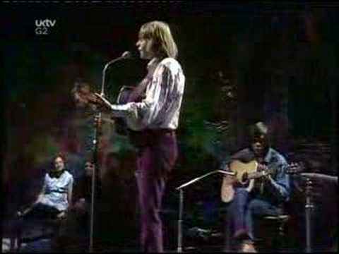 John Denver-Rocky Mountain High on TOTP2 in 1972.