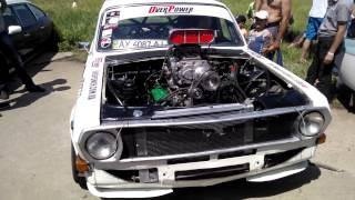 Волга с двигателем V8 с нагнетателем !