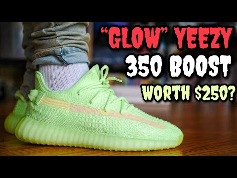 "WATCH BEFORE YOU BUY! ""GLOW"" ADIDAS YEEZY BOOST 350 V2 ON FEET REVIEW & GLOW TEST !"