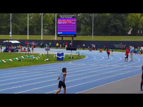 11-12 and 15-16 Novas girls 4×1 relay, Icahn Stadium