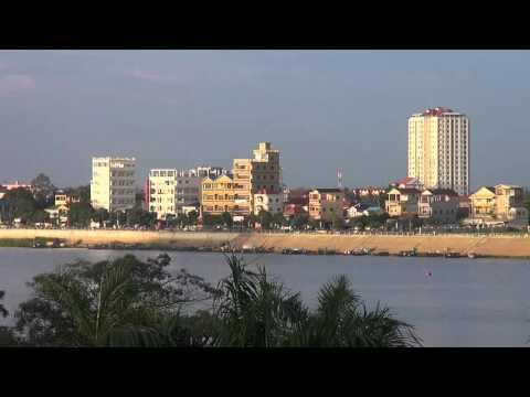 Phnom Penh, as seen from the Amanjaya Pancam Hotel, Sisowath Quay