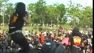 Dangdut Panggung Pantura Utami Dewi Fortuna   Bebas Merdeka   Monata GILLAS 2012