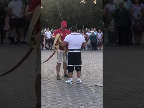 Турнир по силовому экстриму в Изобильном. Александр Зайцев тянет 8-тонный автобус