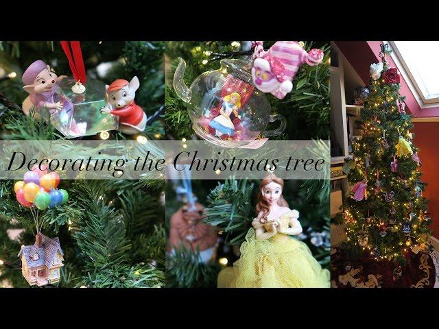 Decorating the Christmas Tree - Disney Style!