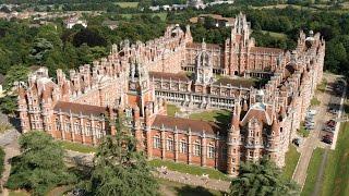 Обучение в Англии в колледже Royal Holloway
