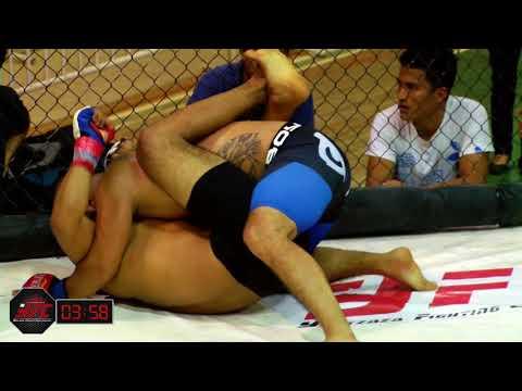 YFC 7 - Andres Delgado Nesh VS Cristhian Troya