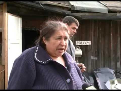 Незаконный автосервис на  муниципальном газоне  в