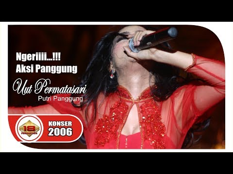 Aksi Panggung Hott ... 'UUT PERMATASARI - PUTRI PANGGUNG @Live Konser BOJONEGOERO 4 Februari 2006