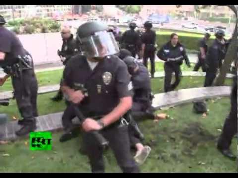 """Arrestos En OWS: Brutalidad Policial En El """"país De La Libertad"""""""