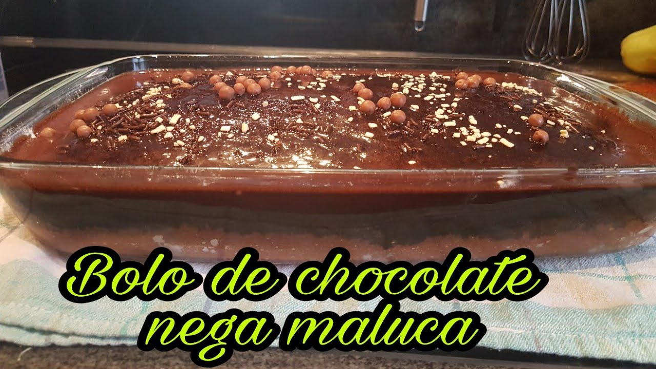 Bolo Nega Maluca Com Cobettura De Chocolate Na Forma De Vidro