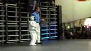 Honda robot asimo at ces 2007 running stairs