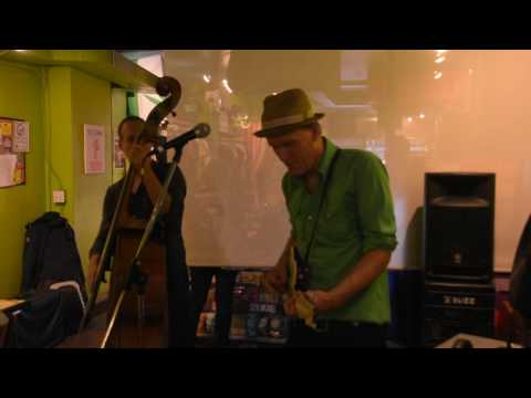 "Kevin Breit with Russ Boswell ""Lost Dog"" Kensington  Market Jazz Festival - Richard Sugarman"