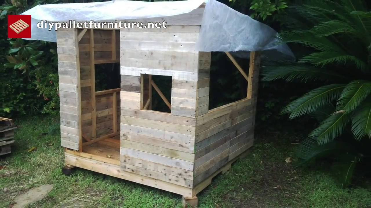 How to make a playhouse with pallets for kids step by step for How to build a playhouse out of pallets