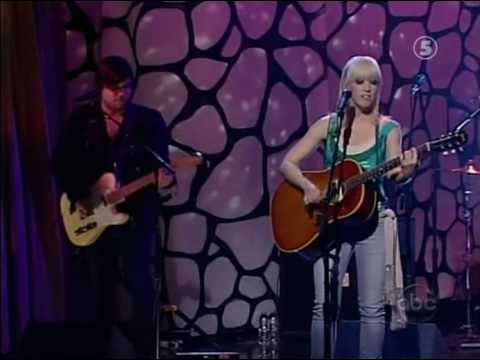 Anya Marina - Move You (Live Jimmy Kimmel 2009)