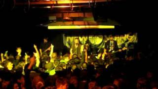 """The Futureheads """"Heartbeat Song"""" LIVE at New Slang"""